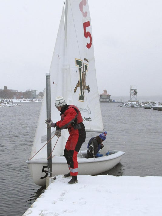 Winter Sailing (4)