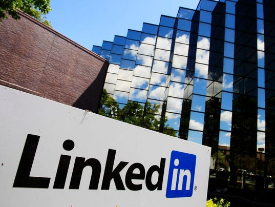 AP EARNS LINKEDIN F FILE A USA CA