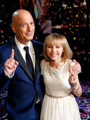 "AMERICA'S GOT TALENT -- ""Live Finale Results"" Episode 1123 -- Pictured: (l-r) Howie Mandel, Grace VanderWaal -- (Photo by: Trae Patton/NBC/NBCU Photo Bank)"