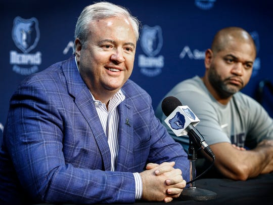Memphis Grizzlies General Manager Chris Wallace (left) introduces new interim head coach J.B. Bickerstaff during a press conference at the FedExForum in Memphis, Tenn., Tuesday, November 28, 2017.  Bickerstaff, who was the Grizzlies associate head coach takes over recently fired head coach David Fizdale.