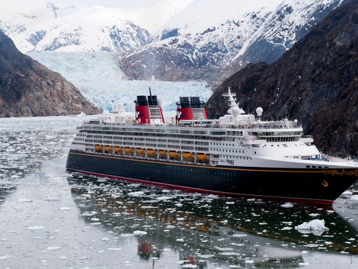 Chill Out On The Summers Best Cruises To Alaska - Alaskan cruise ship