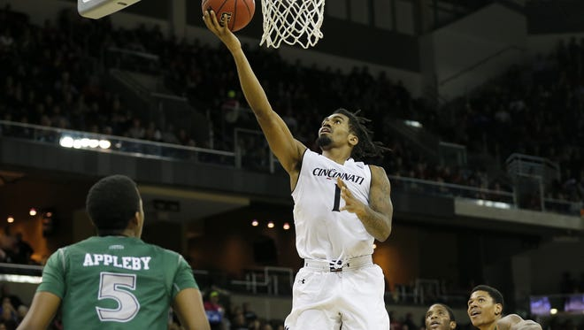 Cincinnati Bearcats guard Jacob Evans III and his teammates are gearing up for American Athletic Conference play, beginning Sunday against Memphis at NKU.