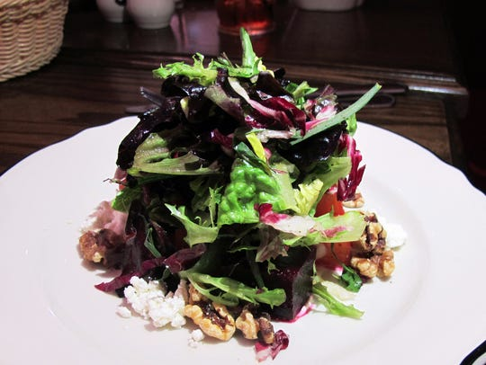 Betteraves dinner appetizer features salt-roasted beets,