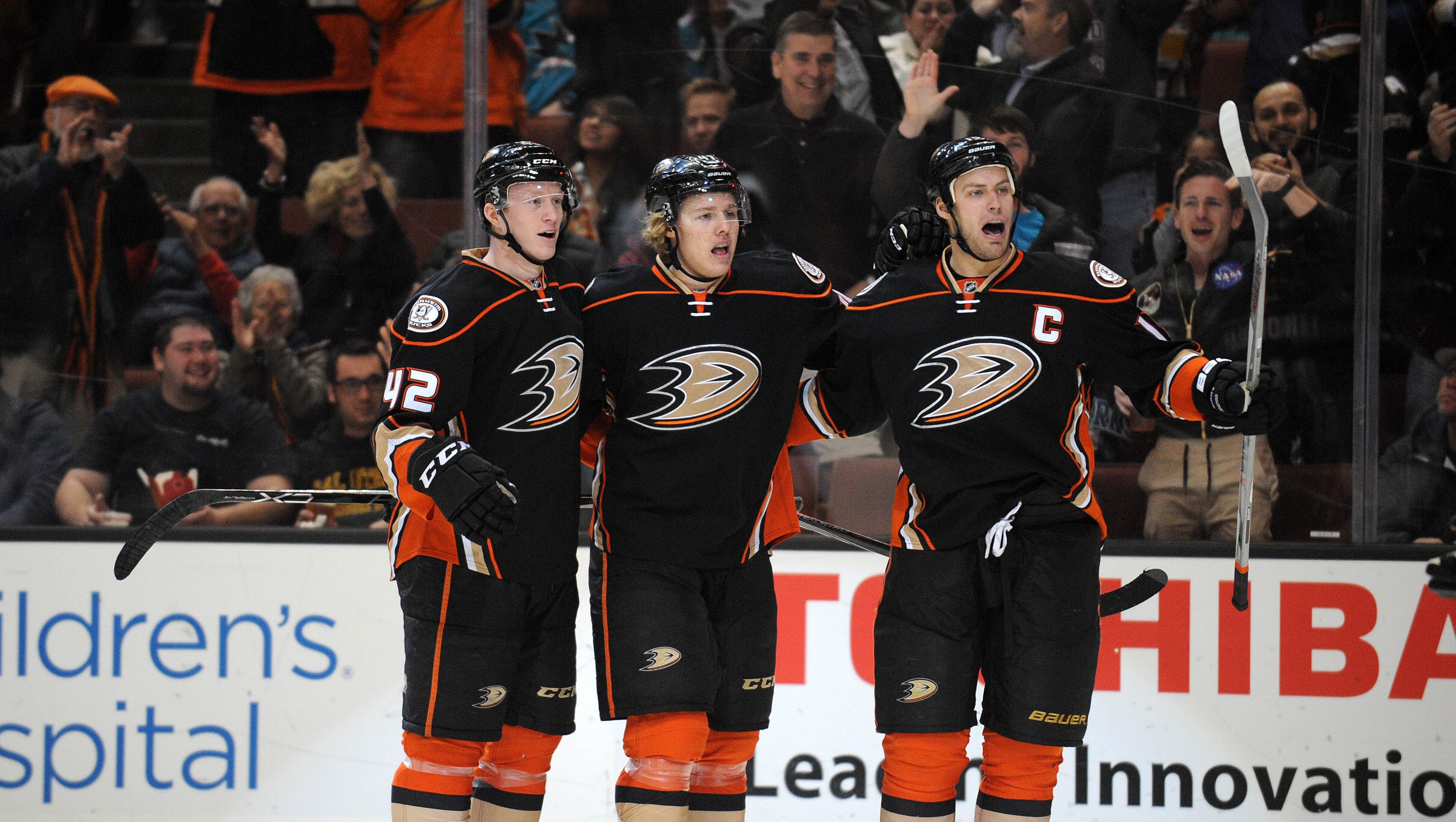635900610598849285-usp-nhl-san-jose-sharks-at-anaheim-ducks
