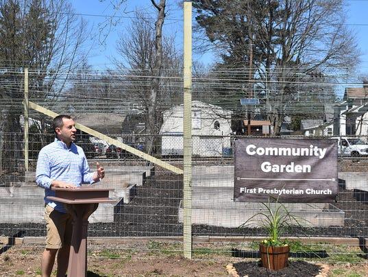 Mayor-Jonathan-Busch-Speaks-at-Community-Garden-Launch-print-.jpg