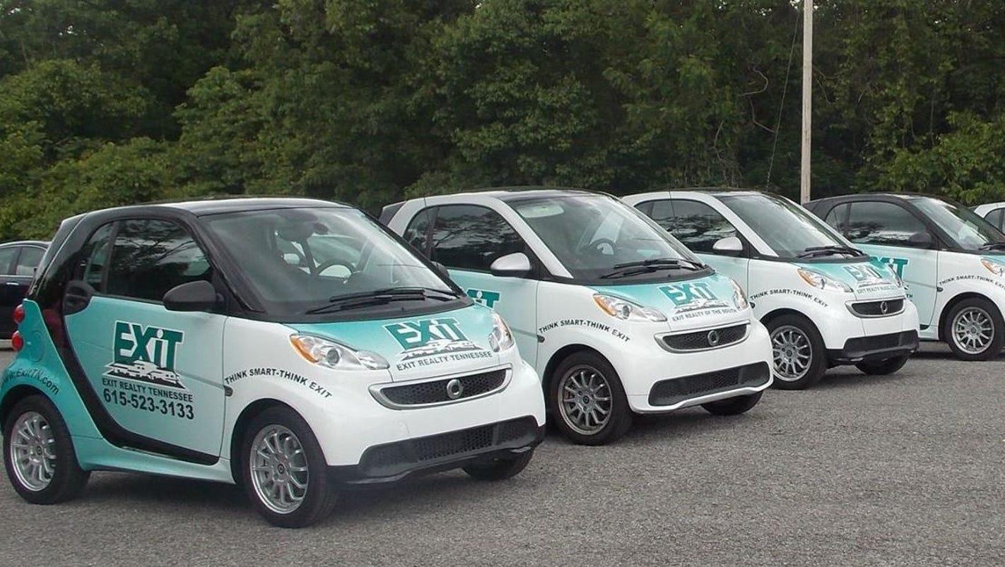 Smart Car Ad Drag Race