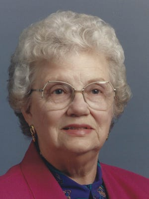 Lois Wallace, 93