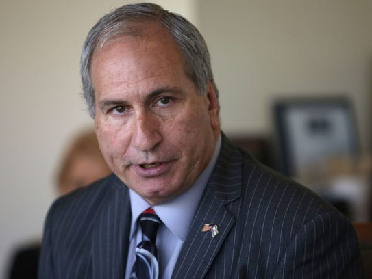 State Sen. Jeff Stone meets with The Desert Sun Editorial