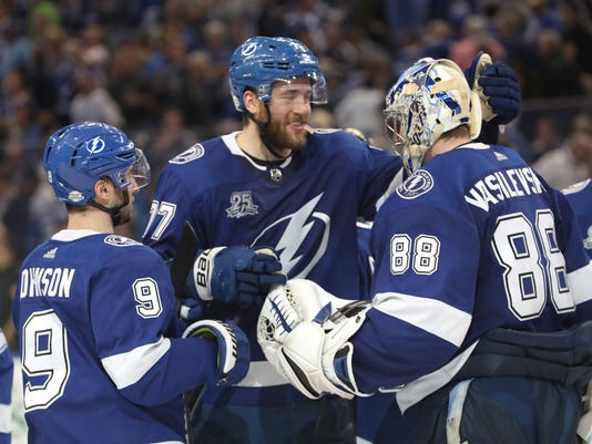 USP NHL: TORONTO MAPLE LEAFS AT TAMPA BAY LIGHTNIN S HKN TBL TOR USA FL