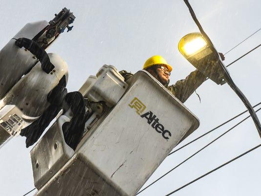 636124452414813238-LED-Streetlights-02-MAIN.jpg