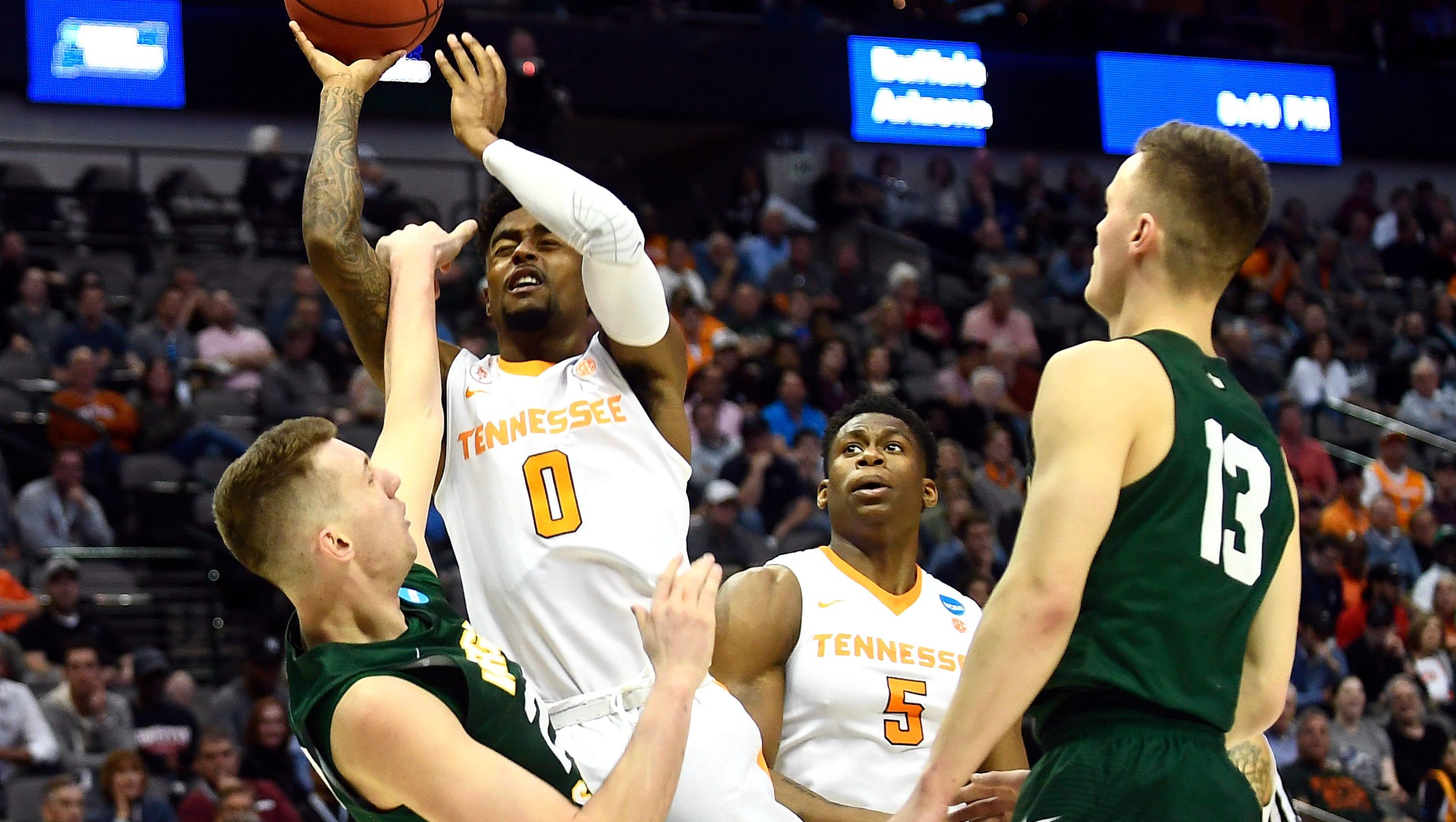 UT Vols basketball sees familiar identity in Loyola Chicago