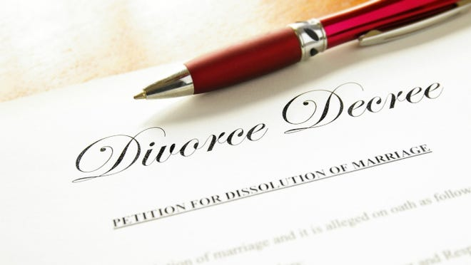 Divorces in St. Clair County