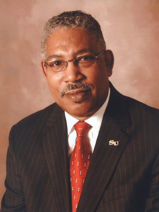 Dr Ray Belton press photo