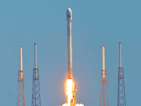 space x launch cr 2