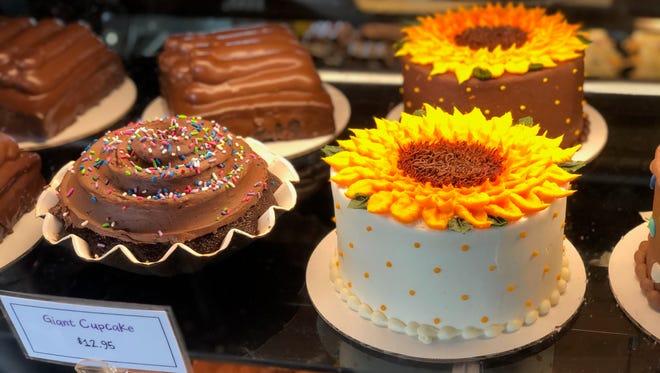 Crust bakery, restaurant, coffee shop and bar in Fenton, MI.