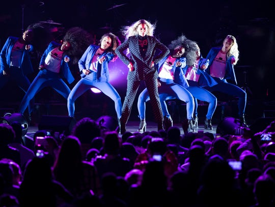 Beyonce performs during a campaign rally for Democratic