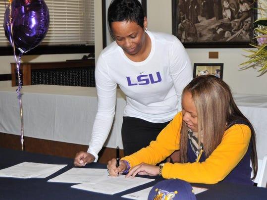 Jenna Deemer Signing LSU NLI.JPG
