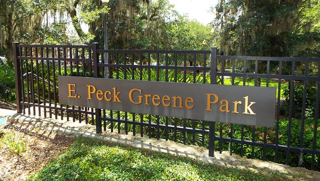 E. Peck Greene Park, located between Duval and Bronough streets, is part of the chain of parks. It is named for the local resident who designed the landscaping of the chain of parks during the 1930s.