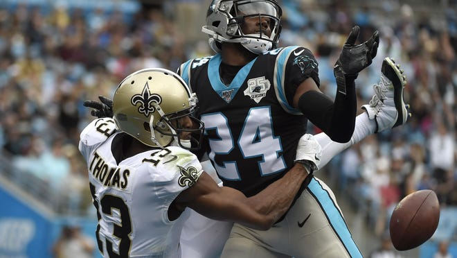 The Giants made their first splash in free agency, agreeing to terms for Panthers top cornerback James Bradberry.