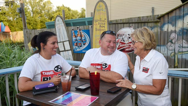 Congressman Diane Black talks with Kim and Chip Smith at her viewing party for the 6th District at Barefoot Charlie's Restaurant August 4, 2016 in Hendersonville, Tenn.