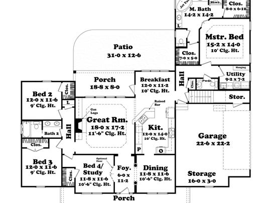 The one-story layout is easy to get around, yet doesn't sacrifice privacy for the bedrooms.