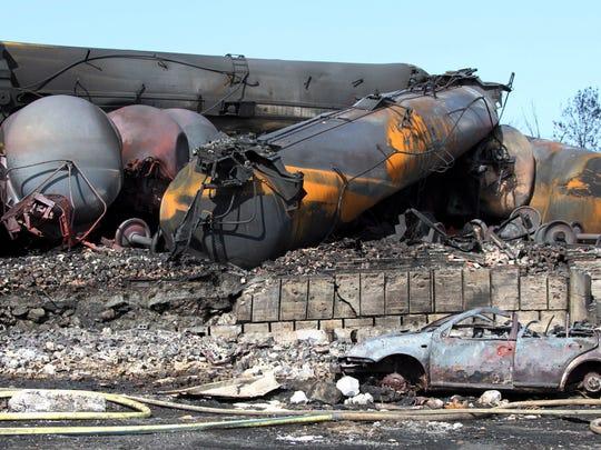 -SPJBrd_03-30-2014_Central_1_B007~~2014~03~29~IMG_Oil_Trains-Safety_11_1_VU6.jpg