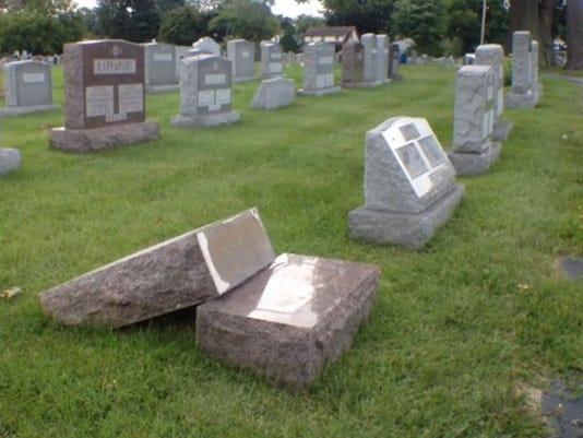 headstone_knocked_over.JPG.jpg