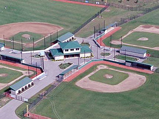 West Chester Township trustees agreed to extend its contract with the West Chester Baseball Partnership to manage a four-field baseball complex.