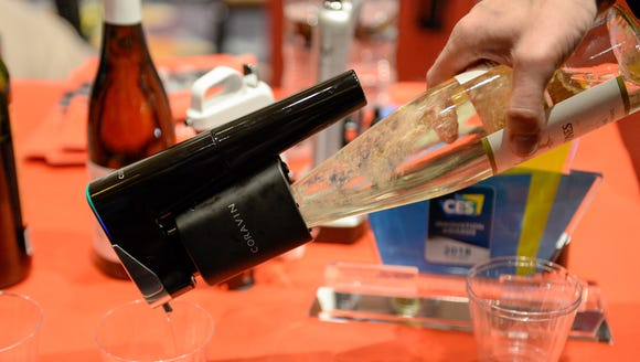 Jeffrey Levy demonstrates the Coravin Wine Preservation