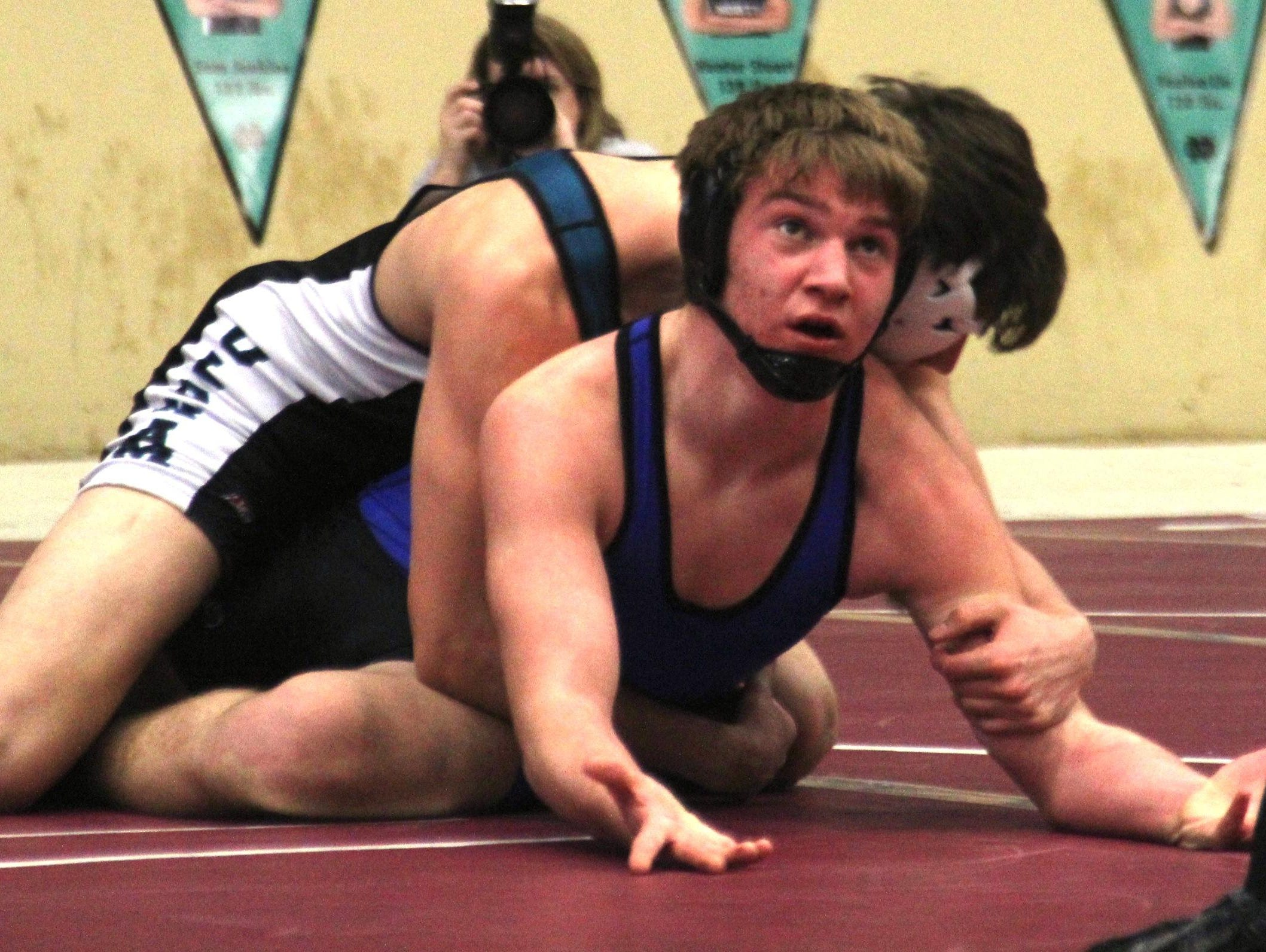 Scott's Cody Roland is ranked No. 17 at 152 pounds by kentuckywrestling.com.