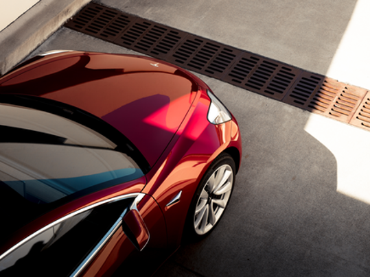 red-tesla-model-3-event-launch_large.png
