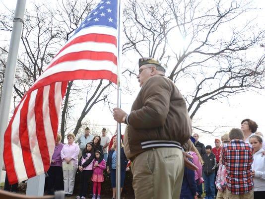 -NRO.VeteransDayNvl.jpg_20121115.jpg
