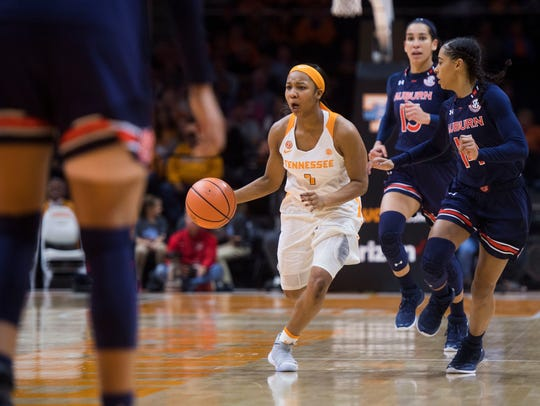 Tennessee guard Anastasia Hayes (1) charges down the