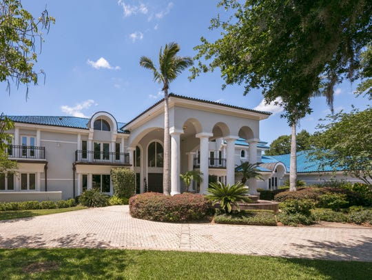 Shaquille O'Neal is selling his home near Orlando for