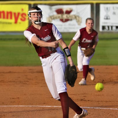 Ouachita claws out softball win at West Monroe