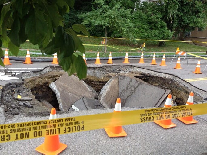 A sinkhole in Avondale near the Cincinnati Zoo will likely take a month to fix, according to an official at the Metropolitan Sewer District.