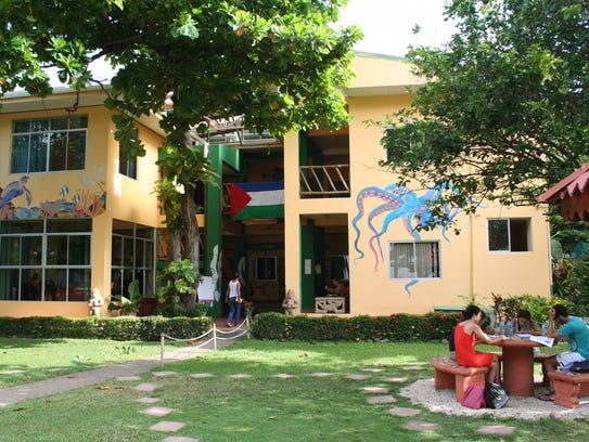 Intercultura Spanish school in Samara, Costa Rica welcomes