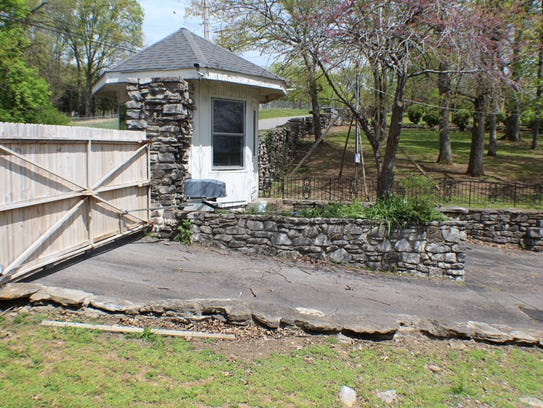 The original gate and guard house at Johnny Cash's