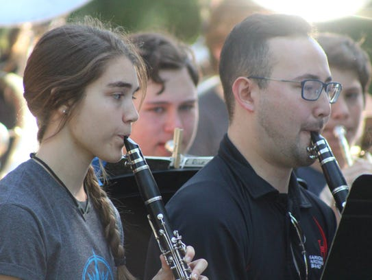 The Marion Harding High School band played several