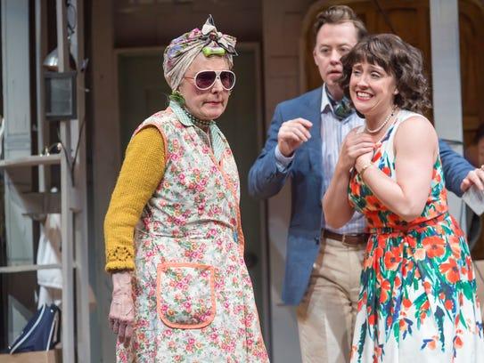 Dale Hodges (L) as Dotty with Kelly Mengelkoch as Belinda
