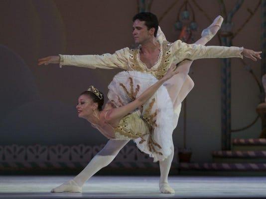 Southwest Florida Symphony Gulfshore Ballet.jpg_20150805.jpg