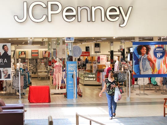 "Eva Thompson of Hartwell, Georgia, heads to Bed, Bath, and Beyond after shopping at JCPenney at the Anderson Mall in Anderson on Thursday. ""I love the mall,"" said Thompson, who travels from Georgia to shop in Anderson."
