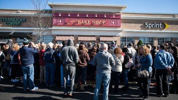 "Carlo's Bakery, a Hoboken-based venture featured on TLC's ""Cake Boss,"" opened Nov. 8 , in Marlton to the joy of hundreds of fans."