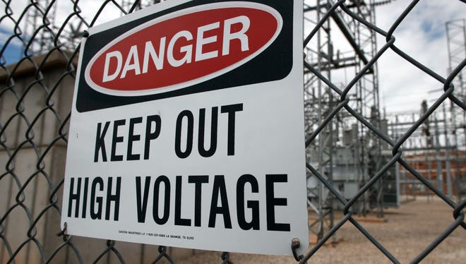 Thousands were reportedly without power in Muncie Thursday afternoon.