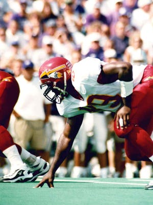Barnes (89) came to ULM as a basketball player and recorded eight sacks and 16 tackles-for-a-loss in his lone season playing college football in 1998.