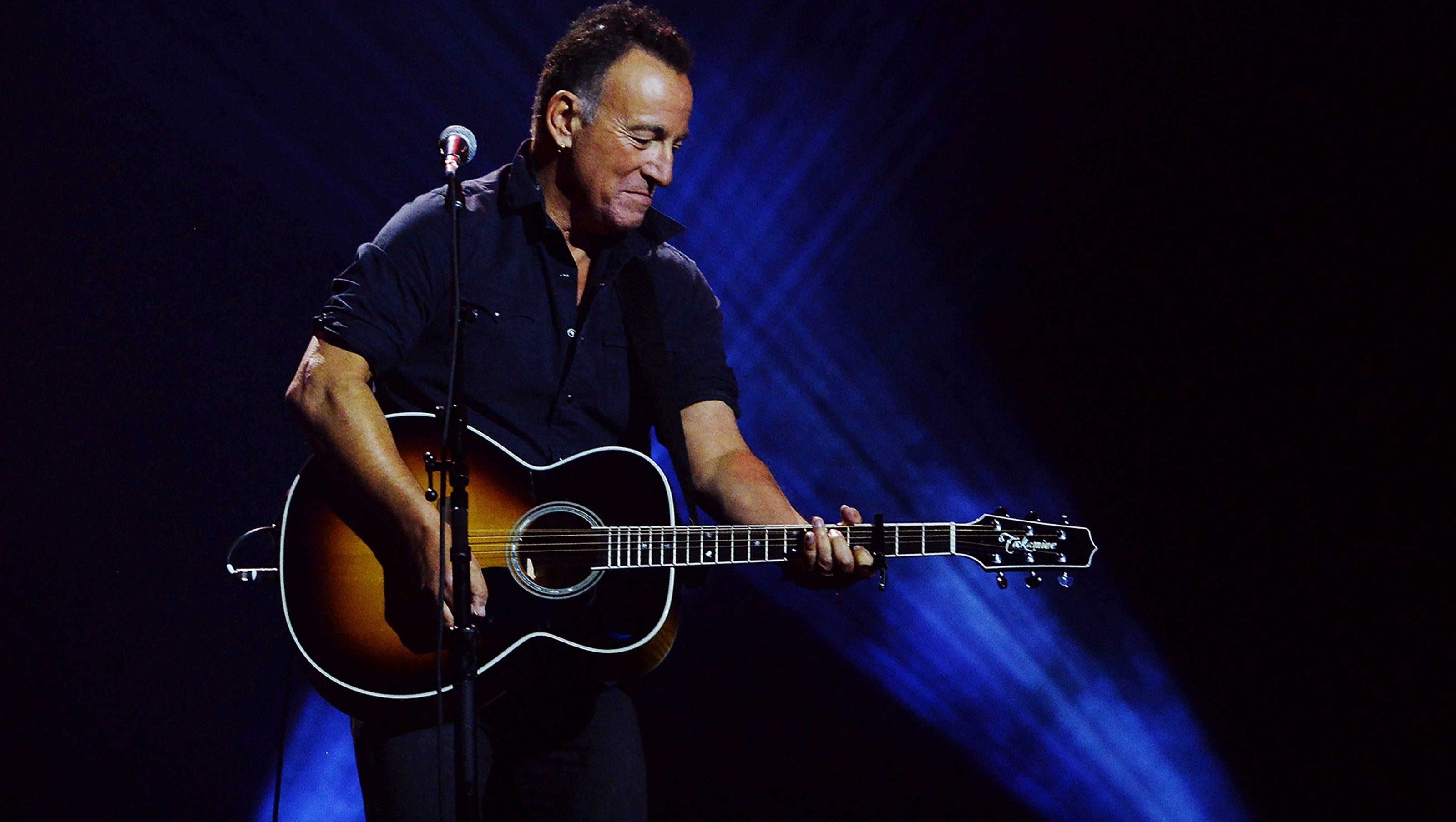 Springsteen S Born To Run Lyrics Headed For Sotheby S Auction