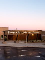 Uber and Phoenix-Mesa Gateway Airport have reached a deal after a long standoff. Ride-share service can begin immediately. Here's what to know.