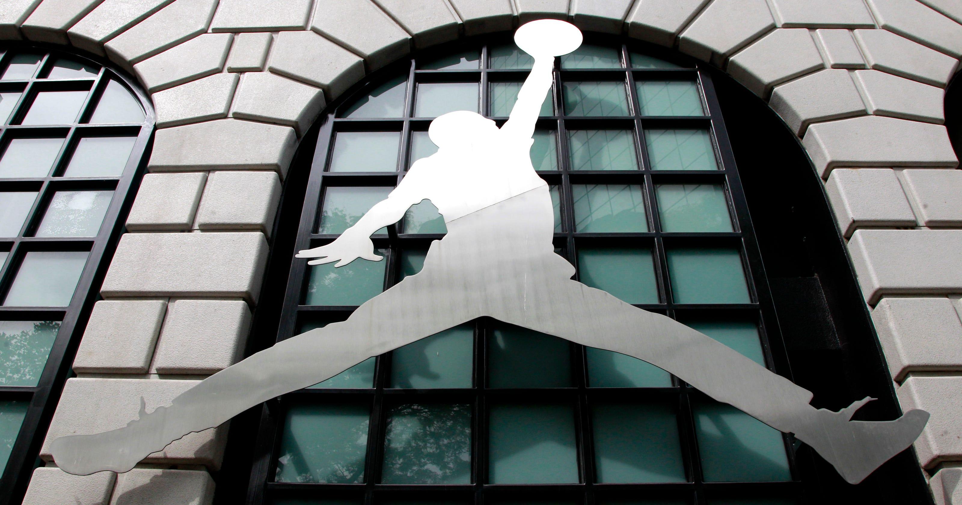 online store 30636 53786 Error Jordan  Key figures still argue over who was responsible for Nike deal