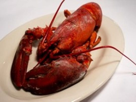 """The Clam Bake in Fort Myers boasts """"authentic New England"""