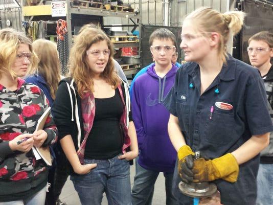 Tipler 8th Grade Manufacturing Tour Jay 028.jpg